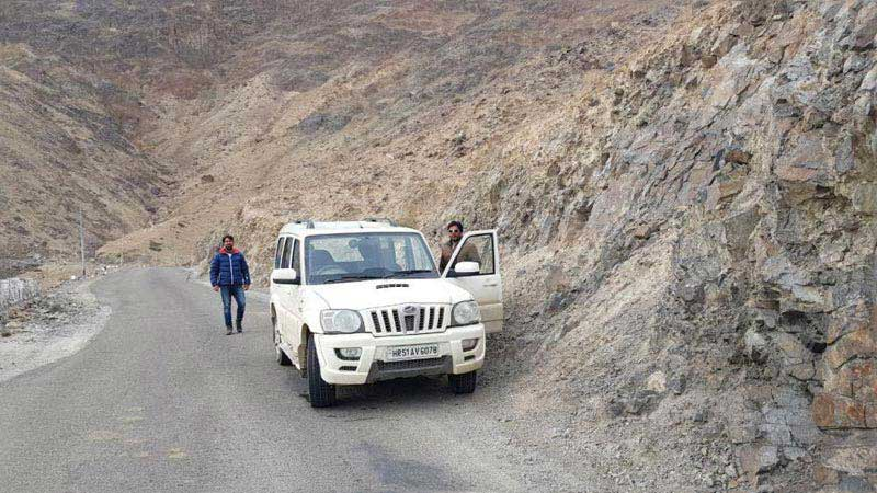 Manali To Leh Ladakh Road Trip Package
