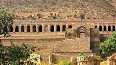 Heritage Pink City With India's Haunted City Bhangarh Tour