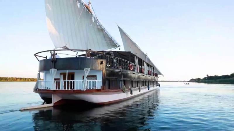 Merit Dahabeya Luxury Nile Cruise  From Luxor Tour
