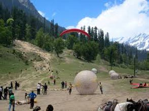 Golden Triangle With Taj & Himachal Tour