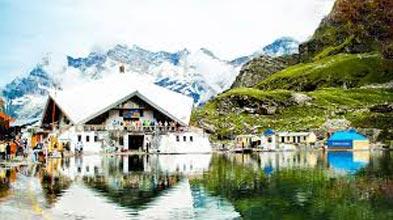 Chakki Bank - Dalhousie - Manali - Shimla - Chandigarh Tour