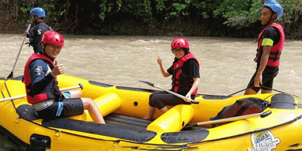 Kadamaian White Water Rafting Tour
