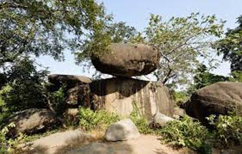 Tiger Trails – Kanha, Bandhavgarh, Jabalpur & PachmarhiTour