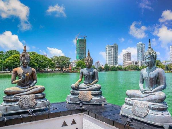 Sri Lanka Buddhist Sites - Pasikuda Beach Tour