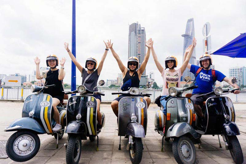 Vespa Tour To Bat Trang Ceramic & Dong Ky Carpentry Village