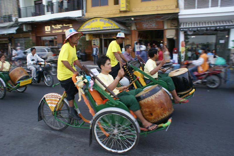 Half Day Phnom Penh Cyclo Tour