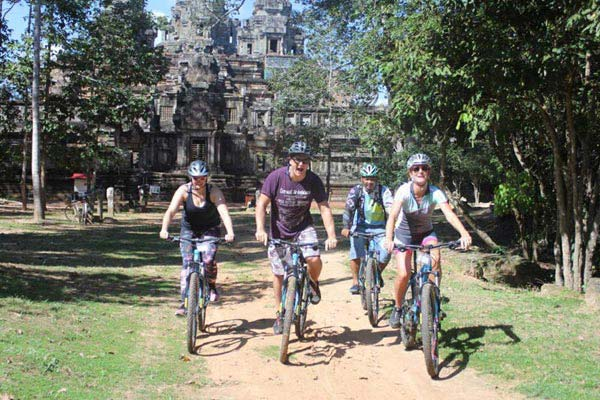 Siem Reap – Full Day Temple Biking Tour With Lunch Box Tour
