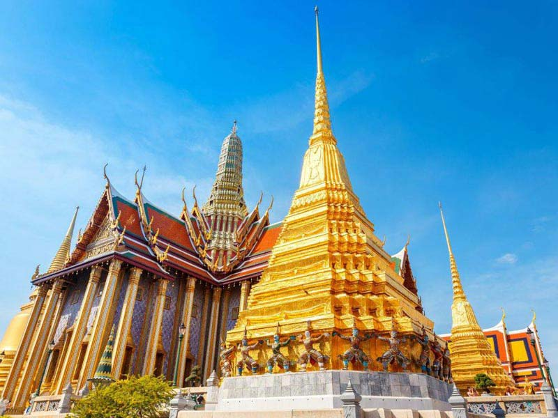 Chiang Mai Half Day River Cruise & Temples Tour