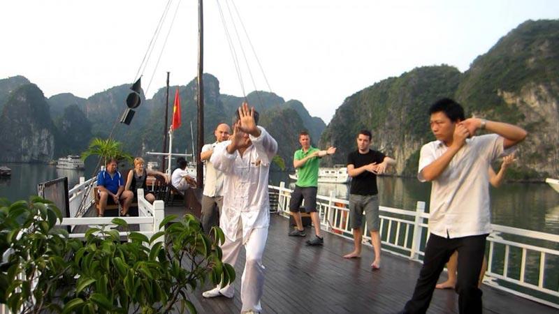 Oriental Sail Cruise Tour