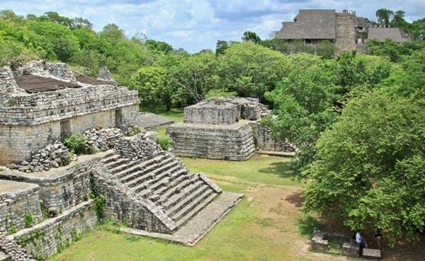 Mayan Ruins Of Ek Balam Tour