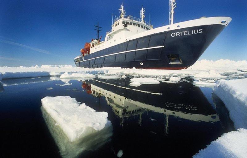 Around Spitsbergen Tour