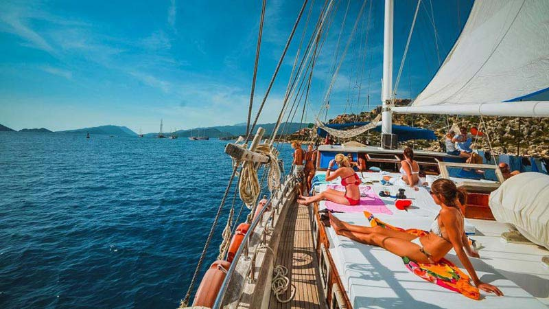 Cabin Charter Fethiye To Olympos Tour