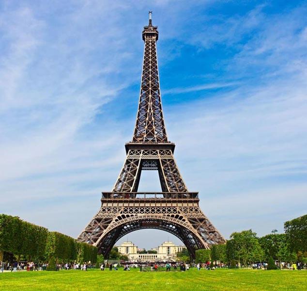Pleasing Paris Package