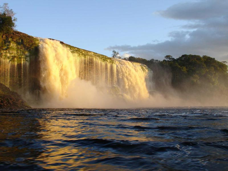 Canaima Day Tour Package