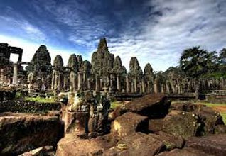 Angkor Adventure Tour