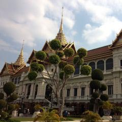 Damnoen Saduak Floating Market + Grand Palace And Emerald Buddha Temple Tour