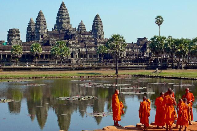 Cycling Angkor Temples Live