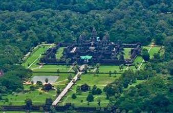 Angkor Discovery Tour 4 Days