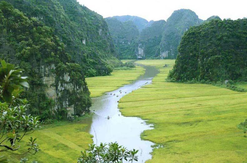 Mai Chau Valley - Ninh Binh Tour