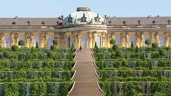 Berlin & Potsdam Tour