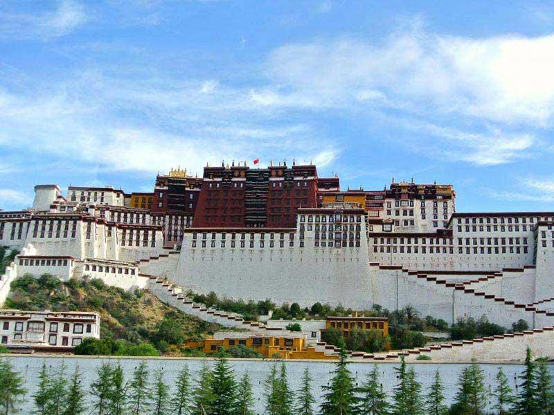 6 Days Lhasa - Gyantse - Shigatse Group Tour With Train Ride