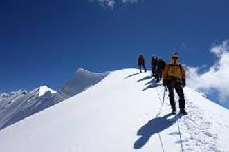 Pisang Peak Climbing Tour