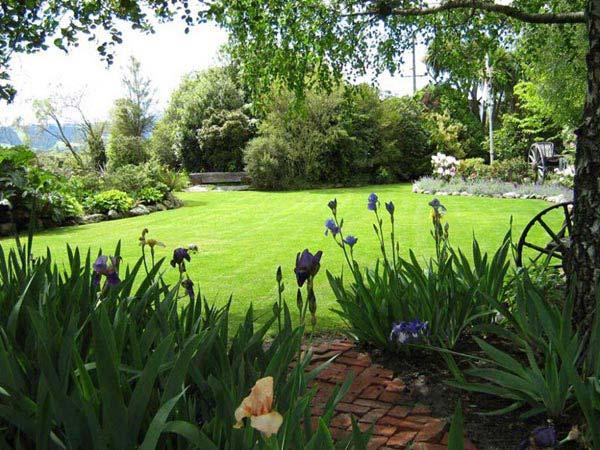 Southern Icons & Otago Gardens Tour