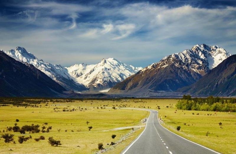 Mountain Melody – Economy Coach Tours