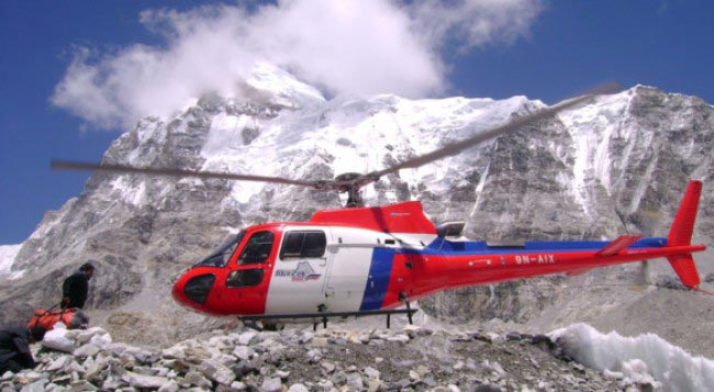 Helicopter Tour To Everest Base Camp( 5354m)