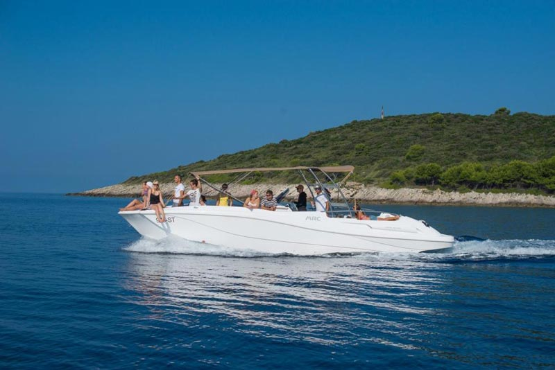 Speedboat Hvar, Vis & Blue Cave Tour