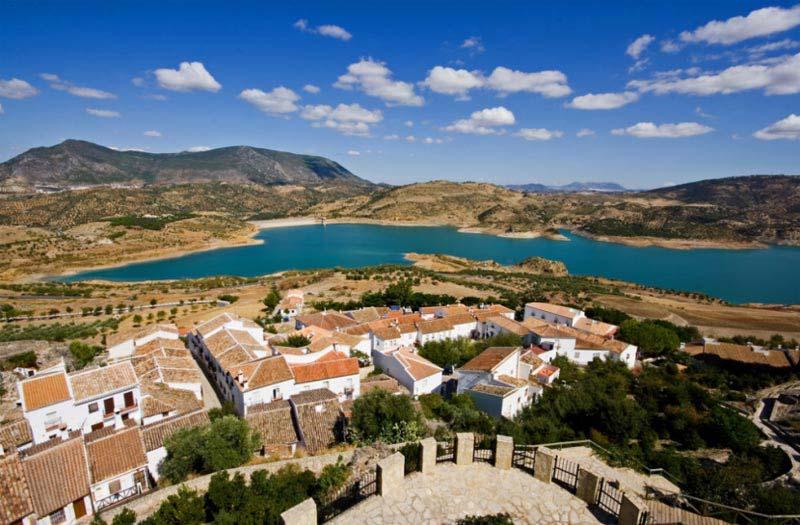 Pueblos Blancos Tour Package