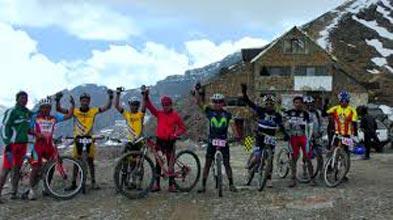 Mountain Biking Chacaltaya – Zongo 1 Day Tour