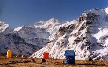 Kangchenjunga Base Camp Trek, Nepal Package