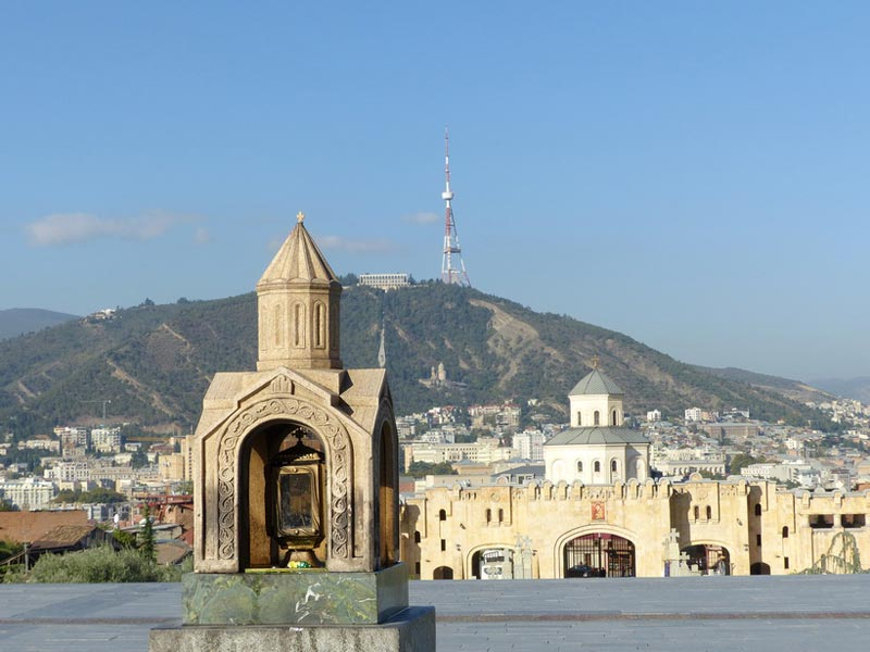 Private Transfers With Sightseeings From Yerevan To Tbilisi Or Vice Versa Package