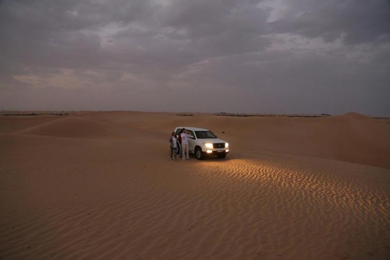 Sunrise Safari Abu Dhabi With Animal Farm Visit Package