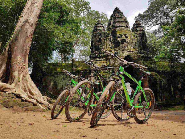 Escape The Crowds By Bike Tour