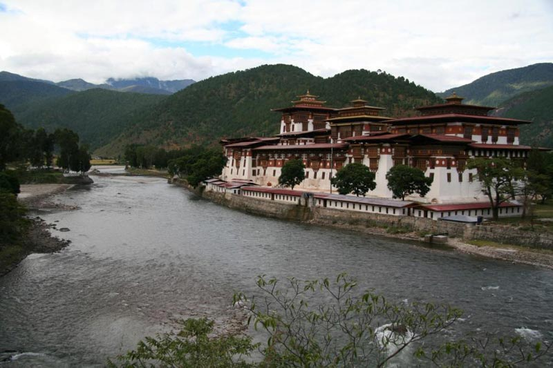 8-Day Cultural Tour Driving To Bumthang Valley And Flying Back Package