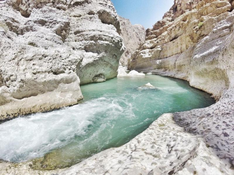 Turtle Beach & Wadi Shab Trip Package