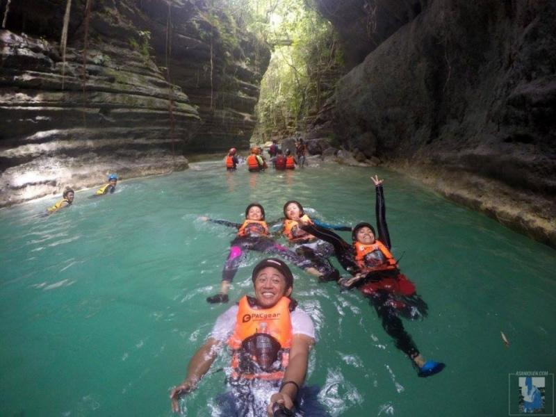 Whale Shark Swimming + Sumilon Island + Kawasan Falls Tour