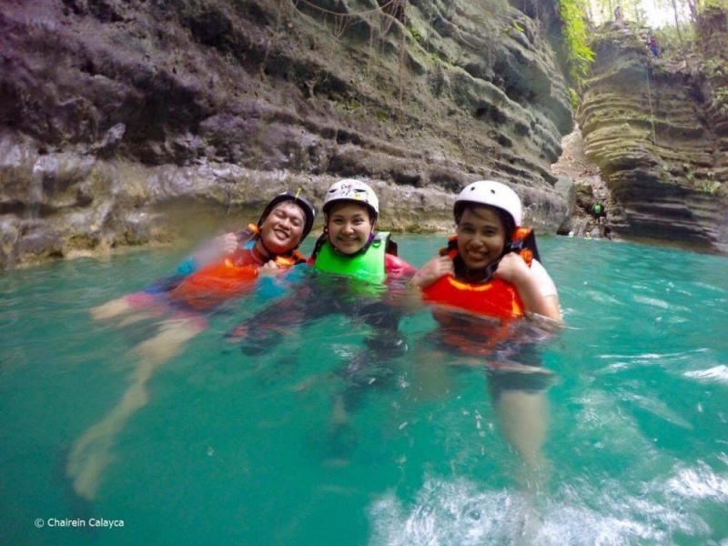 Whale Shark Swimming + Sumilon Sandbar + Tumalog Falls Tour