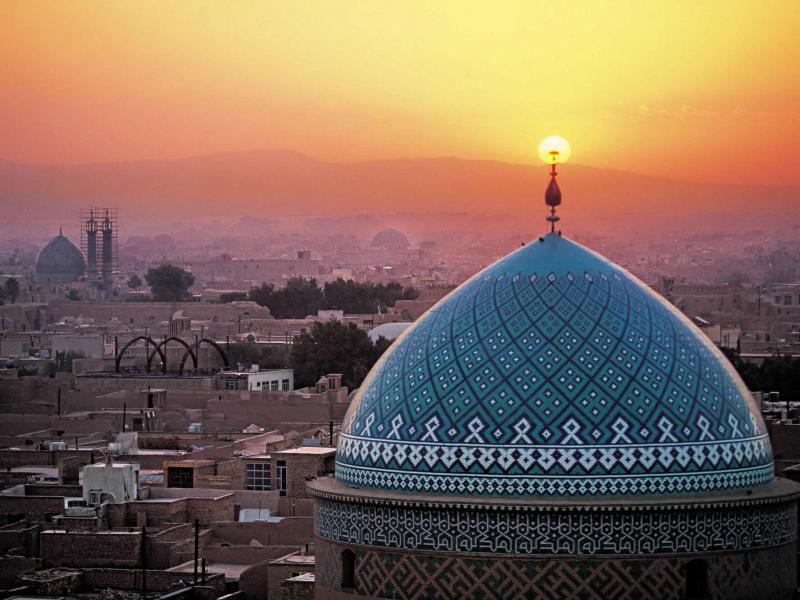 Explore Iran - Shiraz - Tehran Tour