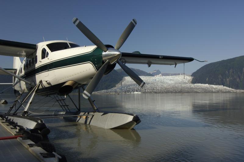 Taku Glacier Lodge Flight & Feast Package