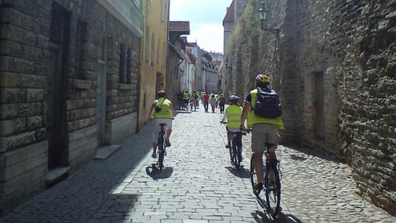 Discover Tallinn By Bike Tour