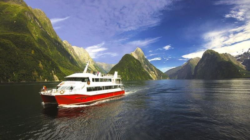 Milford Sound Flight And Cruise Tour