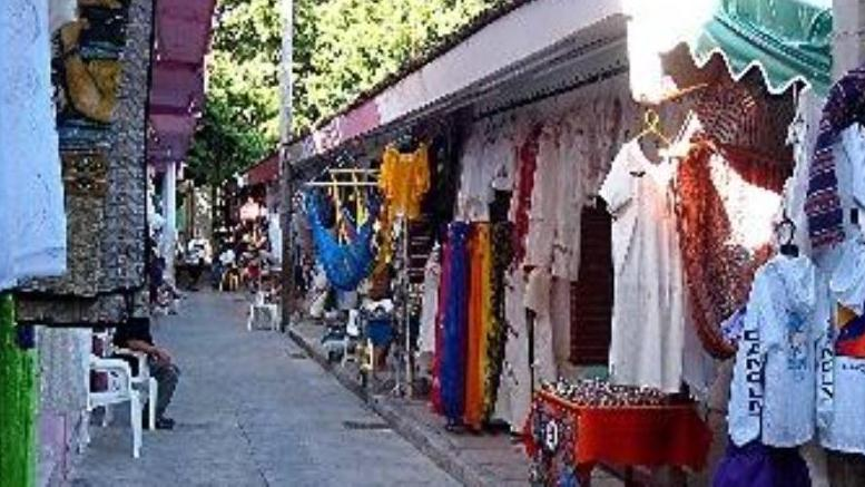 Sightseeing And Shopping In Cancun Tour