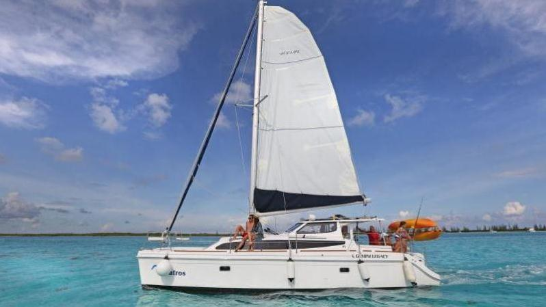Private Luxury Catamaran With Snorkel Stop