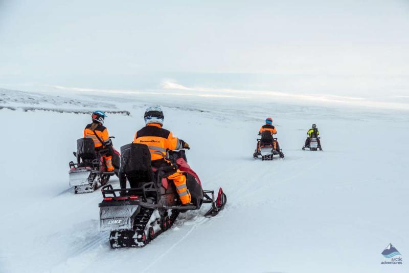Glacier Snowmobile Tours Package