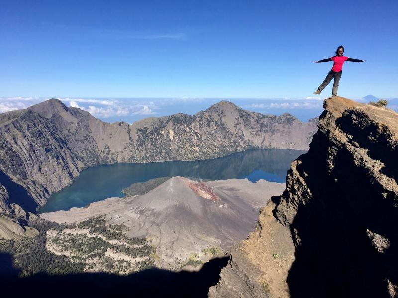 Summit Rinjani 2d1n Sembalun Package