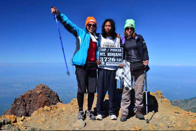 Summit Rinjani Senaru Package