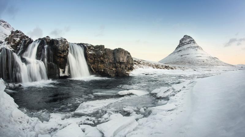 Around Iceland In 10 Nights Package
